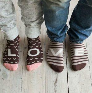 16 Sammy Icon L O V E socks