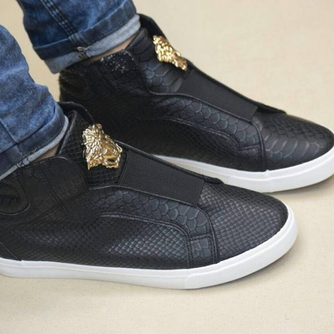 17 Simple Black Versace Kicks