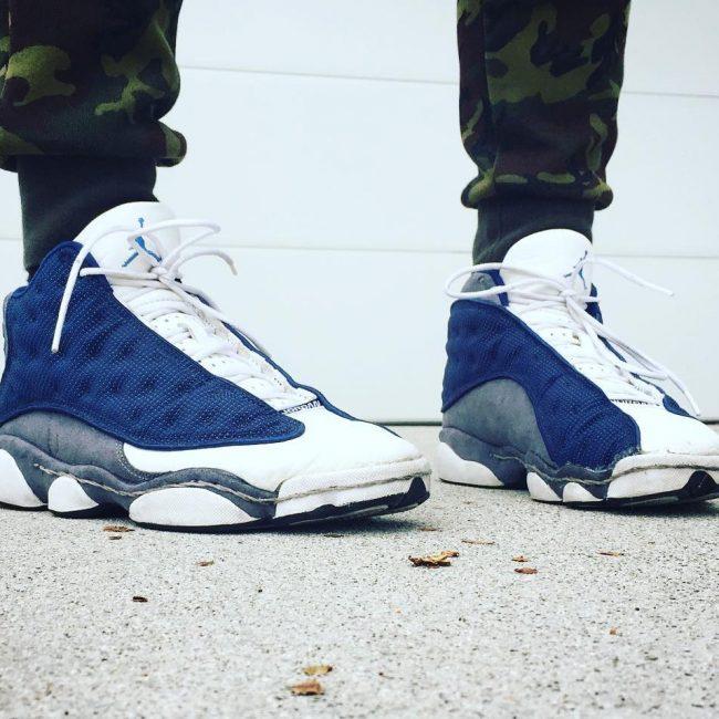 18 Blue on White Retro's