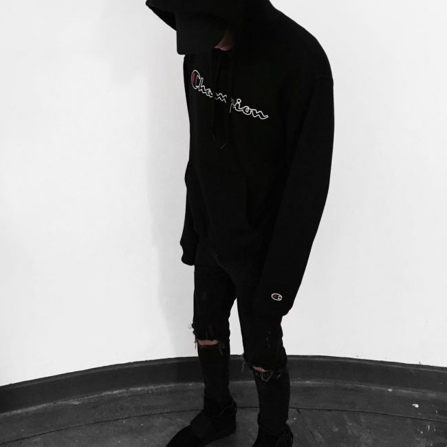 19 Graphic Hoodie