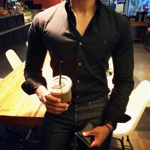 19 Polo Shirt With Jeans