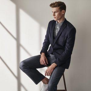 19 Textured Slim-Fit Jacket