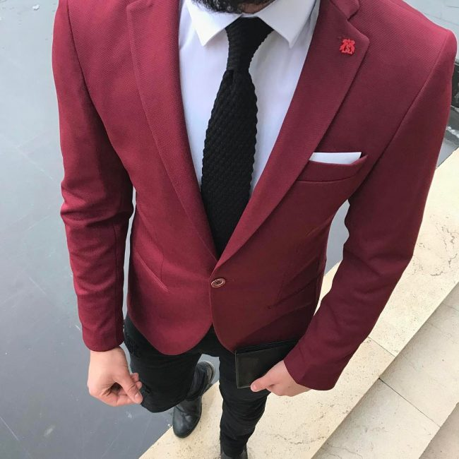 25 Marvellous Black And Red Suit Ideas - The Right Way to Stand