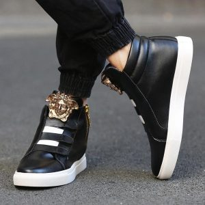 2 Glamorous Black Kick