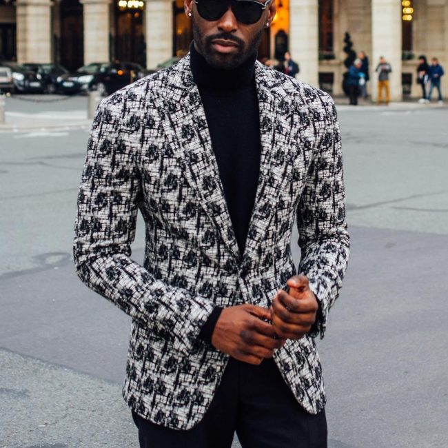21 Elaborate Pattern Jacket and Pull Neck Combo