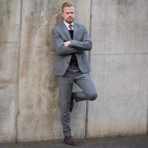 21 Fitted Gray Suit & Brown Cap Toe Derby Shoes