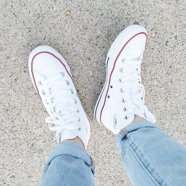 21 High Top White Converse