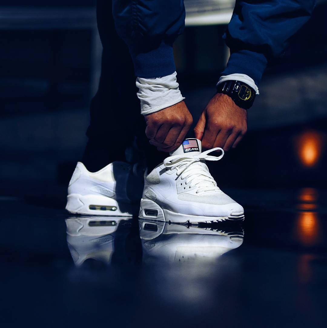 a93f86696cbf 25 Cool All-White Air Max Ideas – Rocking the Trainers