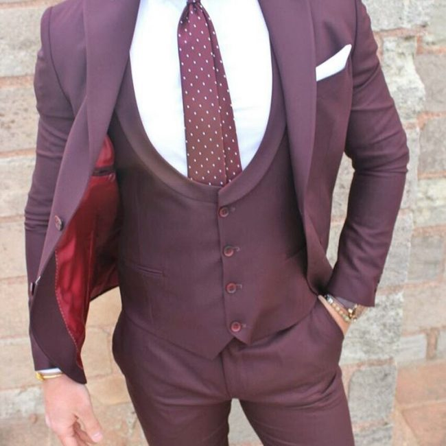 22 The Maroon 3-Piece Suit