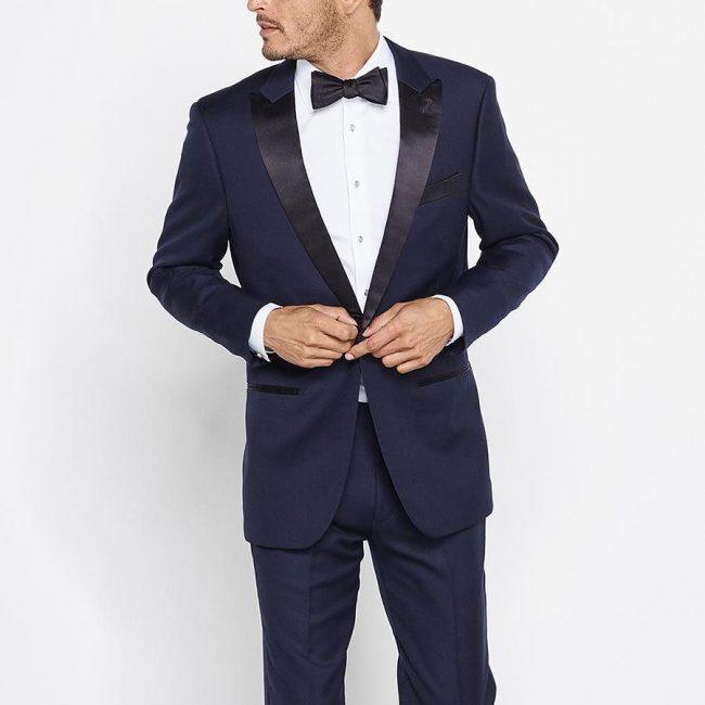 Tuxedo-vs-Suit-23