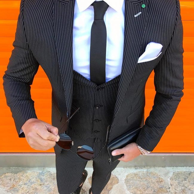 23 Bold and Chick Black and White Suit
