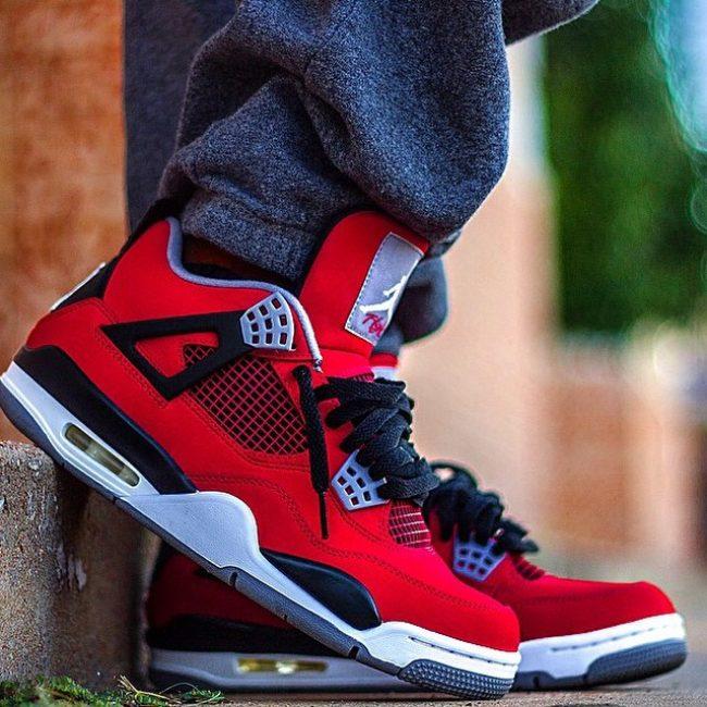 24 Red Toro 4s