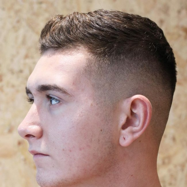 25 Tight and Layered Top with Bald Fade