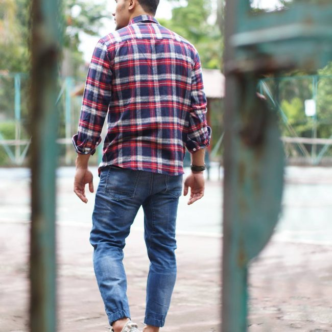 28 Joggers with Flannel