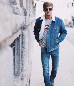 28 Regular Fit Blue Levi's Jeans