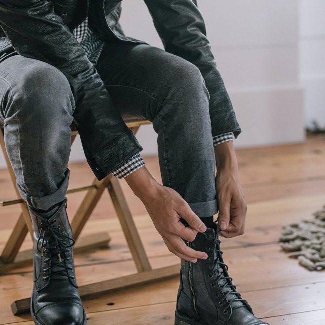 29 Cuffed Gray Skinny Jeans