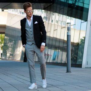 3 Suit Up Clash