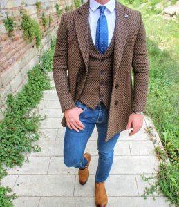 30 Brown- Black Checkered Jacket & Slim-Fit Blue Pants