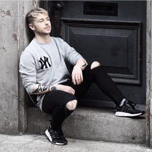 30 Slick Black And Grey Style