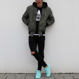 32 Cool Bomber Look