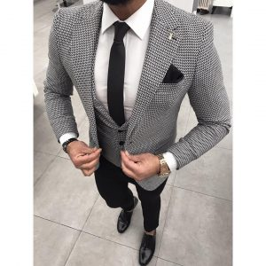 32 Inspiring Black and White Patterned Three-Piece