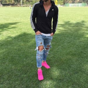40 Pink Athletic Sneakers With Ripped Jeans
