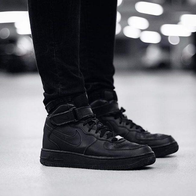 5 All Black Elegance