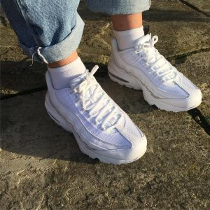 6 Baggy Jeans with Air Max 95 Sneakers