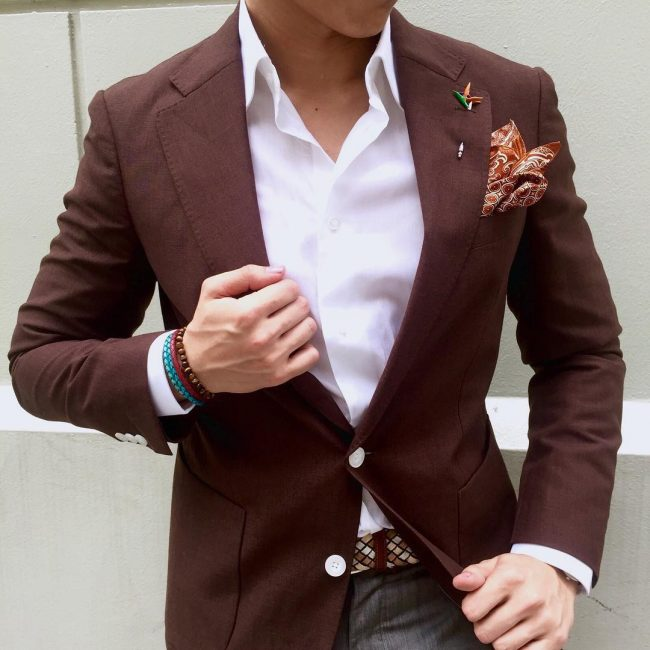 6 The Classy Pocket Square Fold with a Matching Boutonniere
