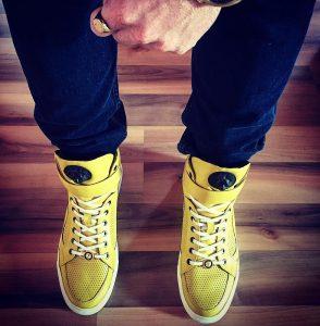 7 Cute in Yellow
