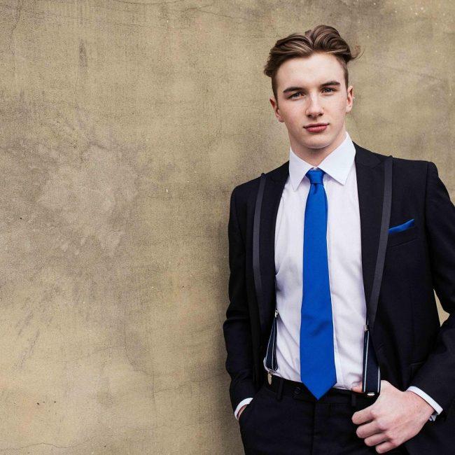 8 Splendid Suit