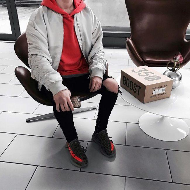 8 Yeezy Oversized Hoodie Type of Look