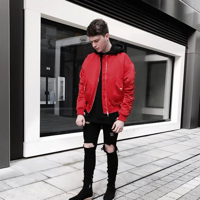 9 Red and Black