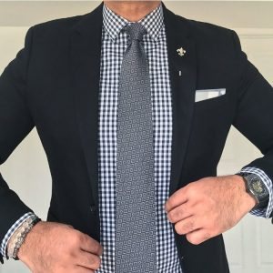 9 The Black and White Formal Shirt