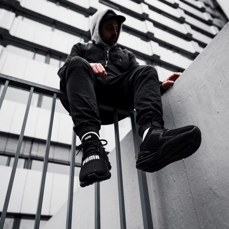 Puma Sneakers 16
