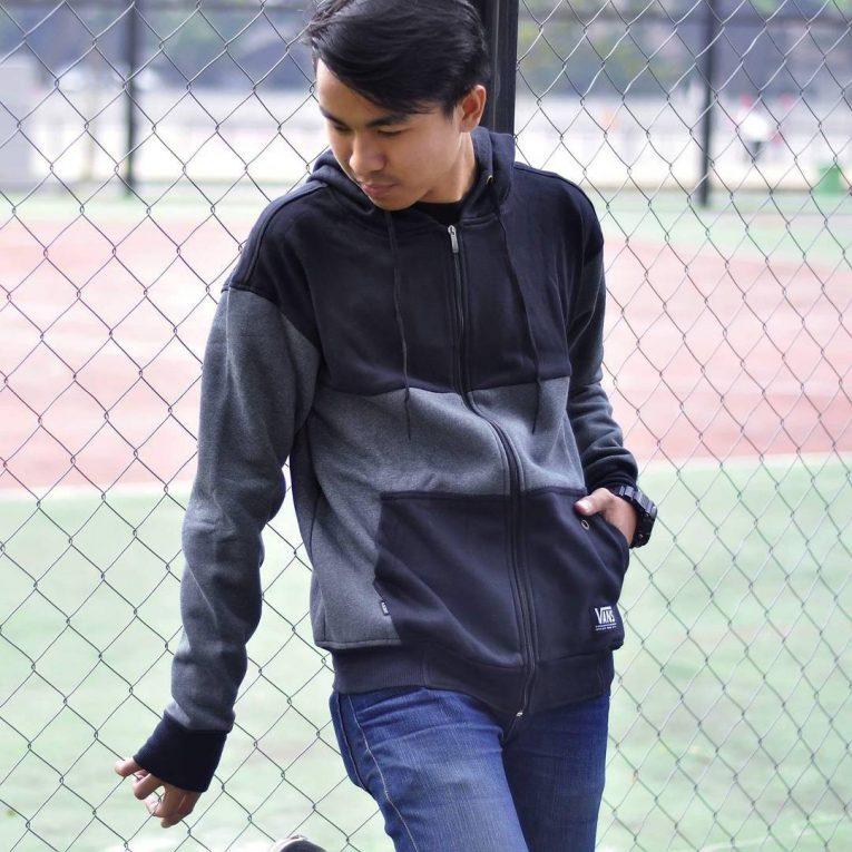 black hoodie 6