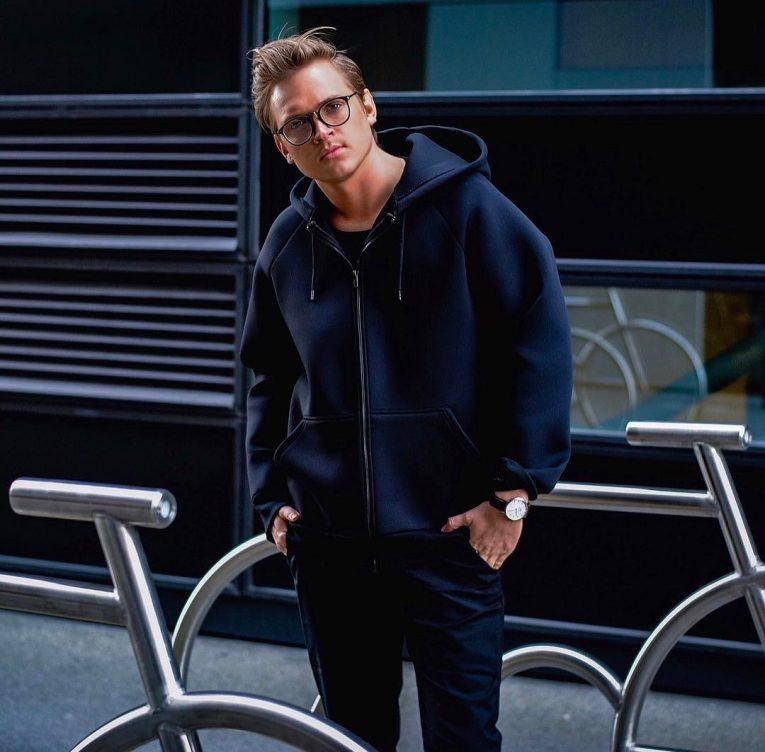 black hoodie 9