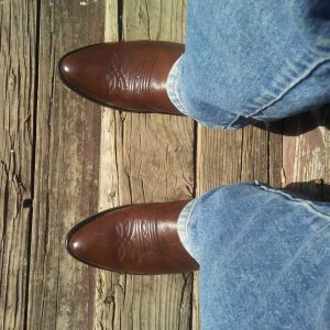 11 Western Style Brown R Toe Boots