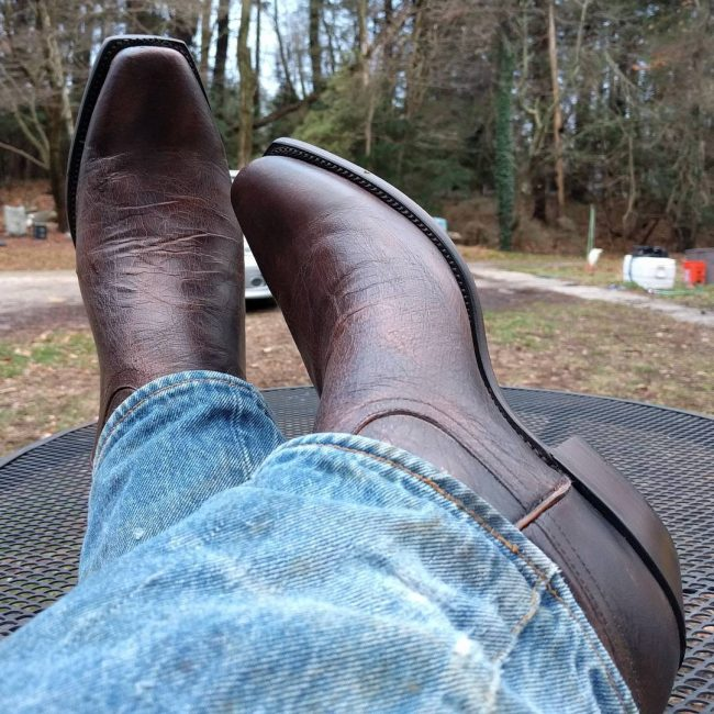 14 Sexy Dark Tan Boots with Faded Jeans