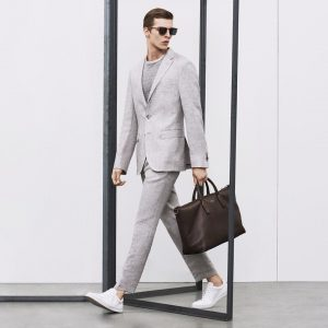 17 Slim Cut Light Gray Suit
