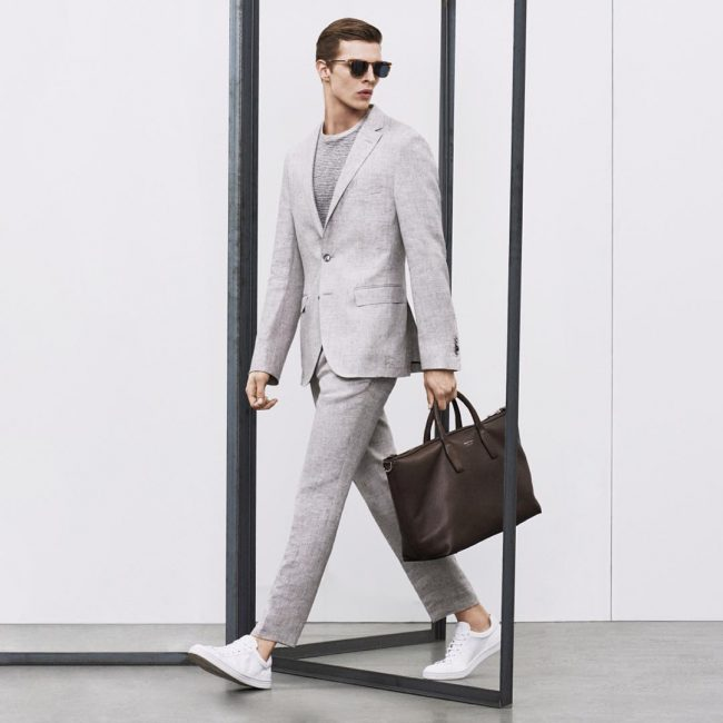 17 Slim Cut Light Gray Suit