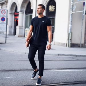 2 All-Black Casual Outfit