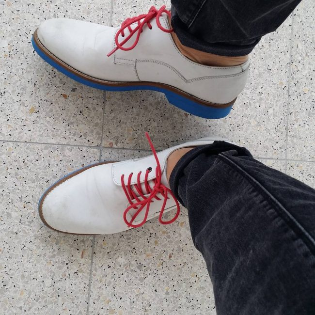 20 Cream-White Leather Casual Shoes