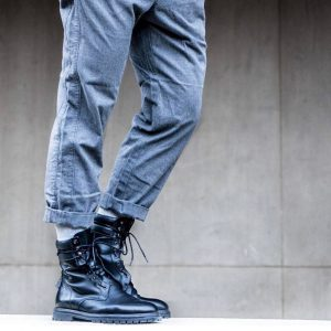 25 Black Plain Toe Laced Up Boots