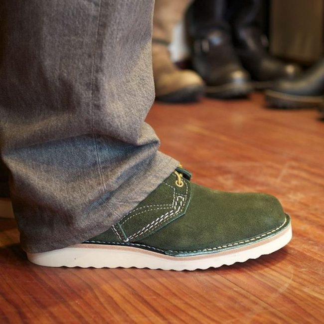 26 The Touch of Olive Leather