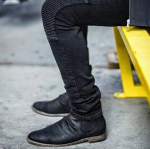 28 Black Plain Toe Slip-In Boots