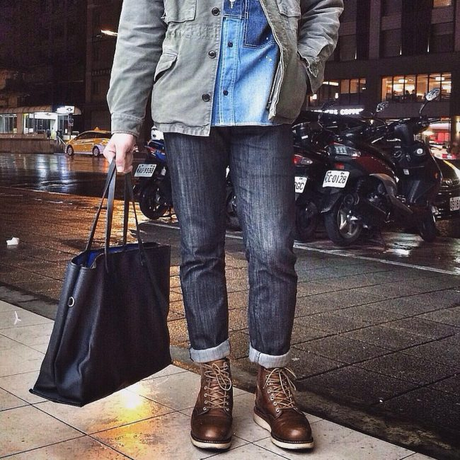28 Broad Toe Brown Laced Up Boots