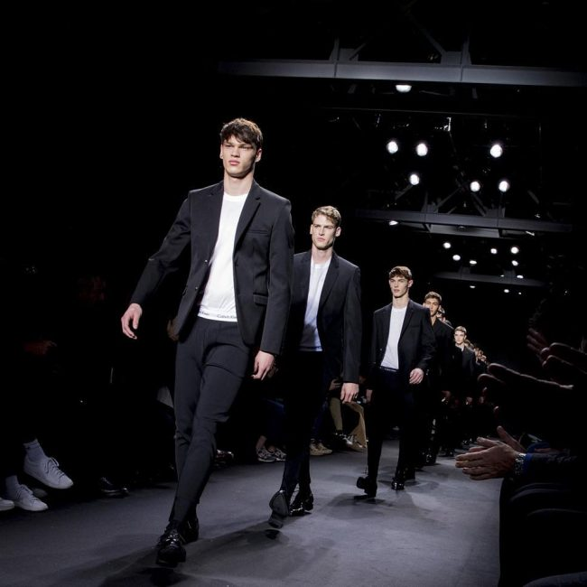 5 Two Buttoned Runway Model