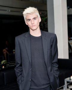 Calvin Klein 14