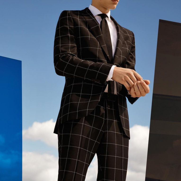 Hugo Boss Suits 30